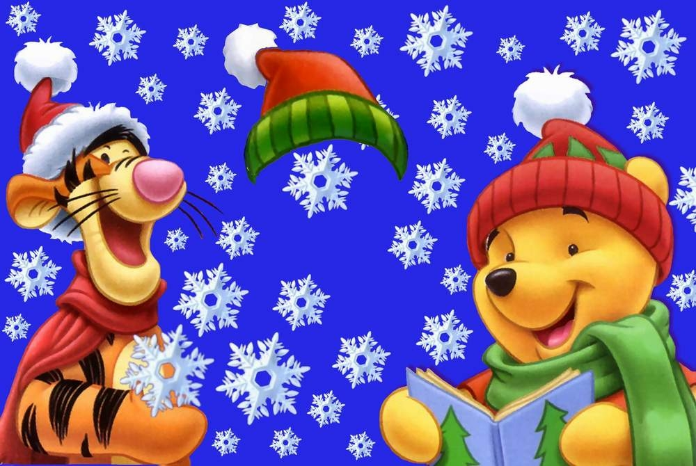 Новогодние рамки. Чудесная новогодняя рамка для детских фото, сделанная по принципу шаблона. Здесь нужно не просто подложить фотографию под рамку, а аккуратно вырезать с фотографии Вашего ребёнка и подложить его на картинку. Место для ребёнка – между Тигрой и Винни-Пухом. Они читают новогоднюю книжку, и радуются красивому снегу. Отличная новогодняя рамка-шаблон для детских фотографий.