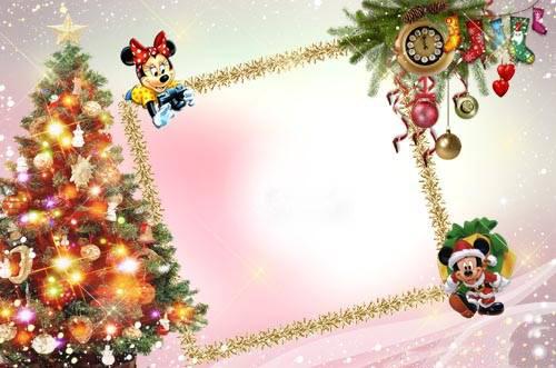Новогодние рамки. Восхитительно нежная новогодняя рамка для девочек сделана на фоне разноцветного неба с сияющими звёздами по краям картинки. Новогодняя рамка для квадратных или горизонтальных детских фотографий требует аккуратной обрезки, чтобы новогодняя рамка стала настоящим украшением для портрета Вашего ребёнка. Эта детская новогодняя рамка может быть использована как основа для оформления подарочного диска с детскими фото.