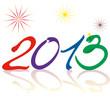 На белом фоне с яркими вспышками огоньков разноцветными цифрами в форме змей написано 2013. Надпись зеркально отражается снизу.