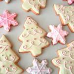 Новогодние ёлочки и звёздочки из песочного теста в пастельных тонах: изысканный новогодний десерт