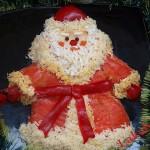 А как вам понравится салат Мимоза в форме Деда Мороза в кафтане из сёмги?