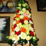 Ёлка из цветов (6)