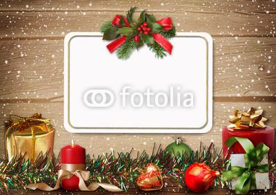 Баннер в стиле кантри. Гирлянды их хвои и ёлочных шаров, новогодняя символика на фоне серых и коричневых струганых досок (15)
