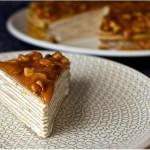 Блинный торт из бананов с йогуртом и глазурью из грецкого ореха - 1