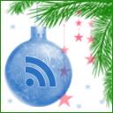 Новогодняя RSS. На белом фоне с голубыми и розовыми звёздами зелёная пышная еловая ветка, на которой висит синий ёлочный шар со знаком RSS