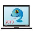 На экране компьютера нарисован голубенький змей, а в левом нижнему углу красная надпись 2013.