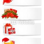 Серия из 4 новогодних баннеров. На светло сером фоне один из новогодних атрибутов: красный бант, новогодние подарки в красной коробке, новогодние подарки в белой коробке, колпак Санты