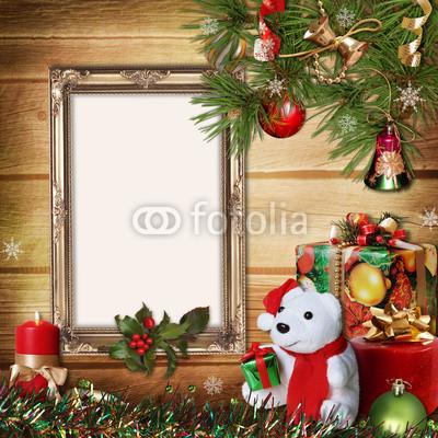 Баннер в стиле кантри. Гирлянды их хвои и ёлочных шаров, новогодняя символика на фоне серых и коричневых струганых досок (10)