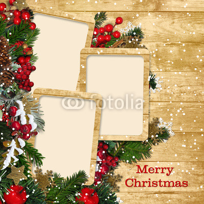 Баннер в стиле кантри. Гирлянды их хвои и ёлочных шаров, новогодняя символика на фоне серых и коричневых струганых досок (12)