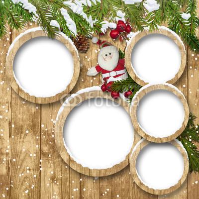 Баннер в стиле кантри. Гирлянды их хвои и ёлочных шаров, новогодняя символика на фоне серых и коричневых струганых досок (17)