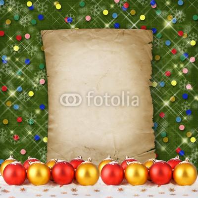 Баннер украшенный ёлочными игрушками и гирляндой из хвои (3)