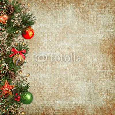 Баннер украшенный ёлочными игрушками и гирляндой из хвои (4)